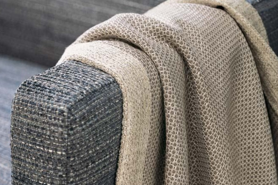 Sobrevive al invierno con mantas de sofá en tu salón